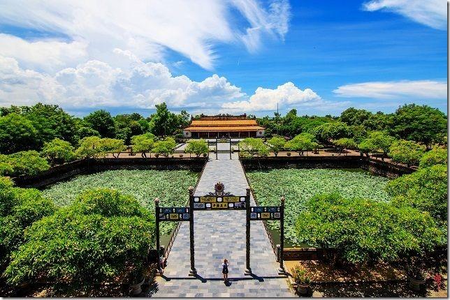 Khamphahue_NgoMon-DaiNoiHue_Quan-the-di-tich-co-do-hue[4]